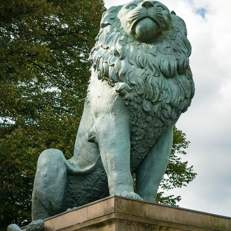 Skulptur Flensburger Löwe am Wannsee von Herman Wilhelm Bissen (1862)