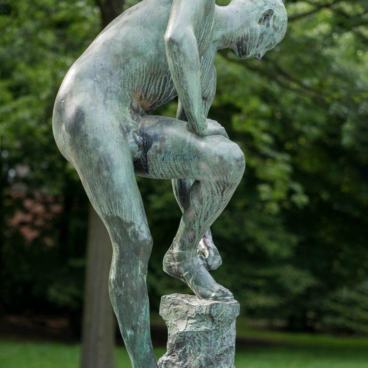 Sandalenbinder von Fritz Röll (1909)