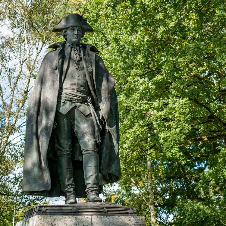 Steuben-Denkmal in der Clayallee
