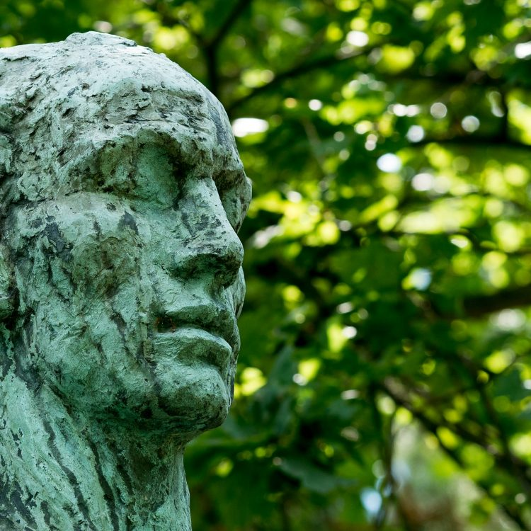 Dionysos im Kolbe-Hain