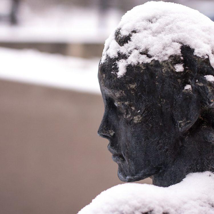 Skulptur im Museumsgarten