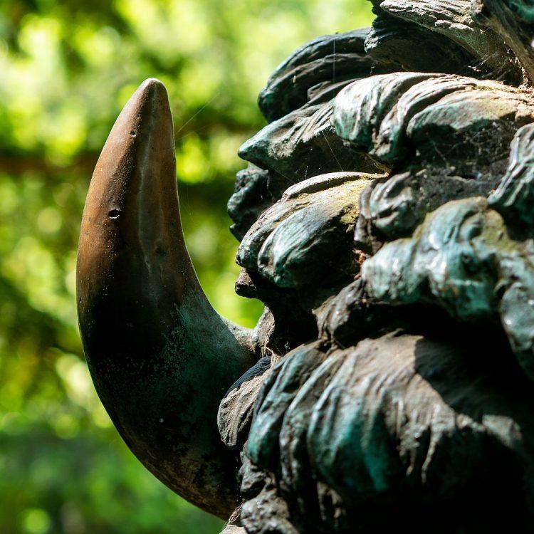 Liegender Bison II von Rudolf Siemering