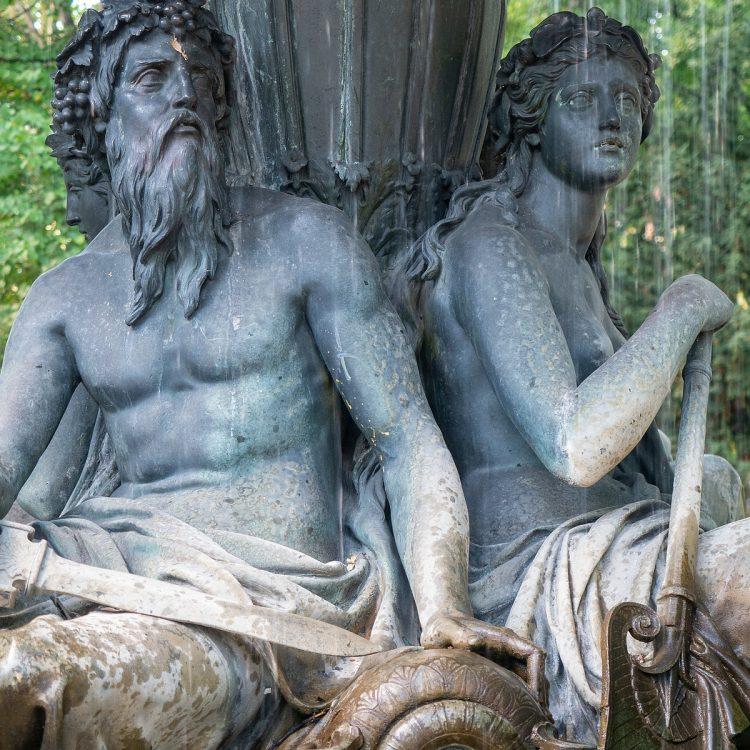 Wrangelbrunnen von Hugo Hagen (1877)