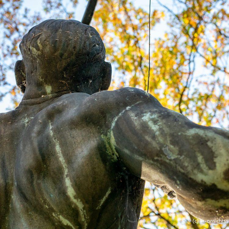 Ehrenmal Bogenschütze von Felix Kupsch (1933)