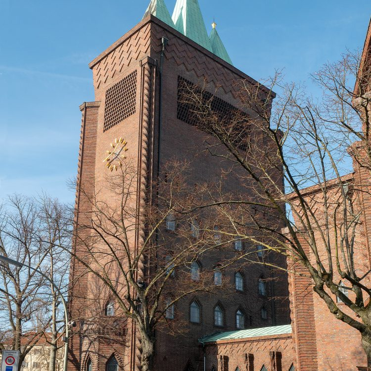 Kreuzkirche am Hohenzollerndamm