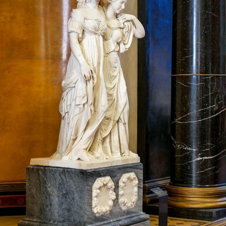Alte Nationalgalerie Prinzessinnengruppe von Johann Gottfried Schadow (1795-97)