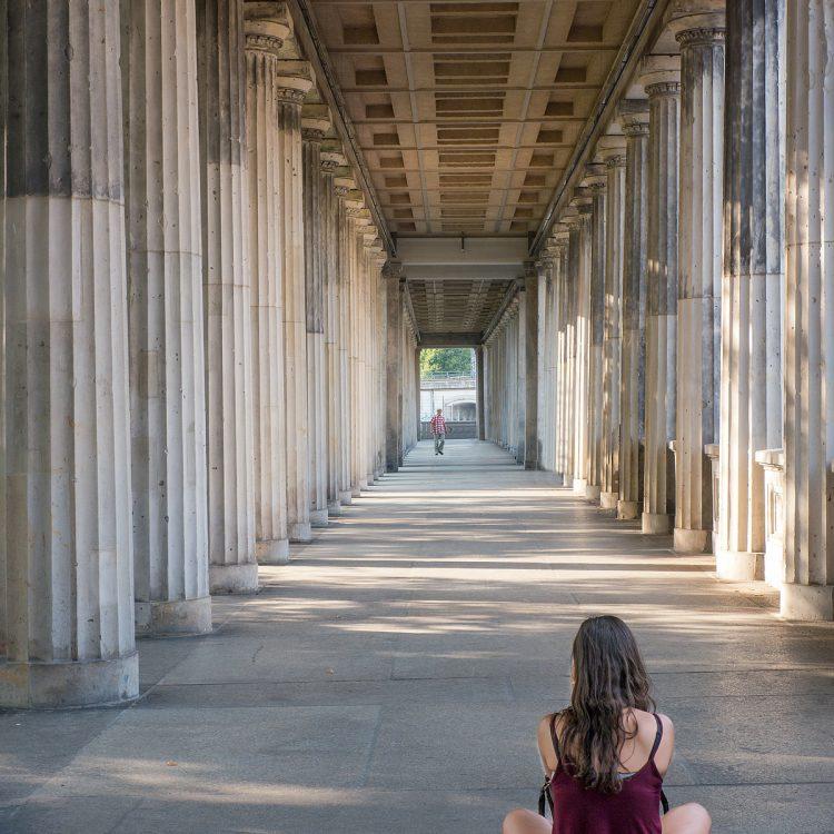 Säulengang an der Alten Nationalgalerie