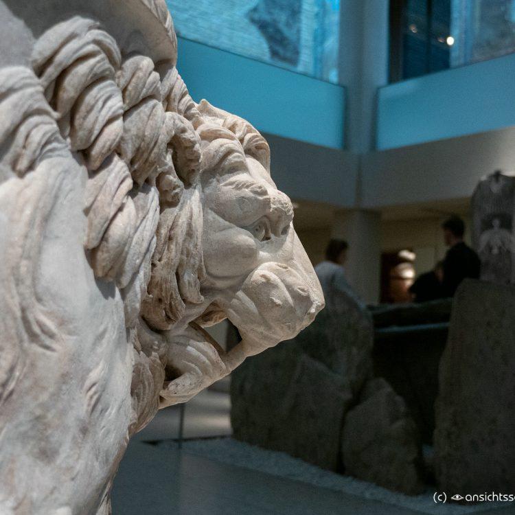 Neues Museum ägyptischer Sarkophag aus römischer Zeit (1. Jhrdt. v. u. Z.)