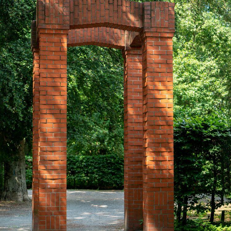 Der Volkspark Jungfern wurde Nach Plänen des Der Volkspark Jungfernheide wurde nach Plänen des Berliner Gartenbaumeisters Erwin Barth in den 1920er Jahren angelegt.