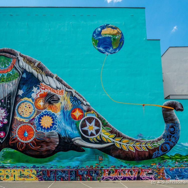 Wandbild 'Elefant' in Kreuzberg
